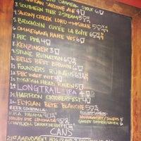 Foto tirada no(a) American Sardine Bar por Andrew C. em 9/14/2013