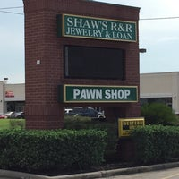 Photo taken at Shaw's Jewelry and Pawn by Willie F. on 7/17/2017