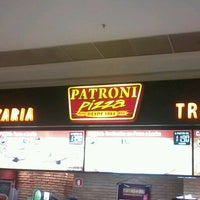 Photo taken at Patroni Pizza by Jesus E. on 4/20/2013
