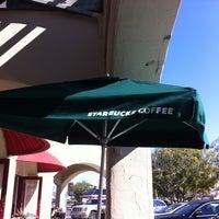 Photo taken at Starbucks by Josue I. G. on 2/13/2013
