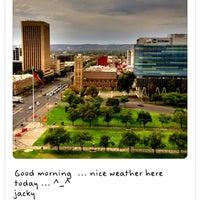 Foto tirada no(a) Hilton Adelaide por Jacky Y. em 4/13/2013