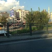 9/23/2013 tarihinde Alev Y.ziyaretçi tarafından Aksaray Meydanı'de çekilen fotoğraf
