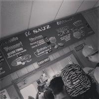 2/1/2014 tarihinde Jamesziyaretçi tarafından El Sauz Tacos'de çekilen fotoğraf