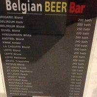 Photo prise au Belgian Beer par Yana le11/27/2012