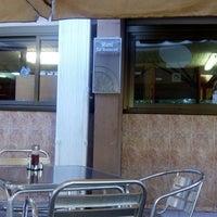 Foto tomada en Restaurant La Mami por Nuno V. el 10/21/2013