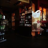 Photo taken at Starbucks by Kris🍻 on 10/11/2012