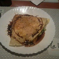 Photo taken at Bercy Village - Crepes e Saladas by Andre K. on 7/14/2013