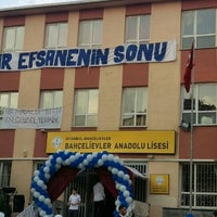 Photo taken at Bahcelievler Anadolu Lisesi by Eda M. on 6/4/2016