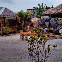 Photo taken at RM. Lombok Ijo by Noviar B. on 2/18/2014