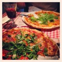 Снимок сделан в Pizzeria Ciao Tutti пользователем Kamil A. 3/10/2013