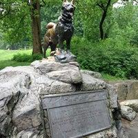 5/29/2013 tarihinde Rachel A.ziyaretçi tarafından Balto Statue'de çekilen fotoğraf