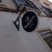 Foto tirada no(a) Hamburgeria da Baixa por Matias R. em 4/19/2014