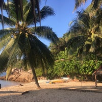 Photo taken at D'Lagoon Chalet by Pawaniyada I. on 9/26/2018