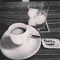 9/26/2013にVictor S.がTierra Caféで撮った写真