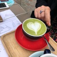 Das Foto wurde bei Cafe Velvet Brussels von Vincent D. am 9/15/2018 aufgenommen