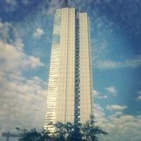 Foto tomada en Torre de Cali por MiloZulu el 2/24/2013