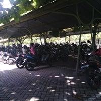 Photo taken at Parkiran Universitas Sanata Dharma Kampus III by Laurensius H. on 7/12/2013