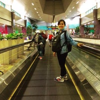 Photo taken at Bus Stop 95129 (Changi Airport PTB2) by Tri P. on 8/6/2016