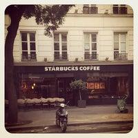 Photo taken at Starbucks by Varya T. on 8/11/2013