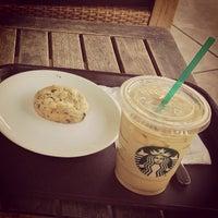 8/28/2013 tarihinde Umut Y.ziyaretçi tarafından Starbucks'de çekilen fotoğraf