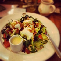 Photo taken at Le Pain Quotidien by Alexia B. on 3/23/2013