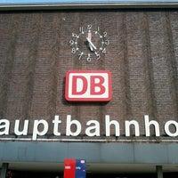 Foto diambil di Duisburg Hauptbahnhof oleh Michael H. pada 5/2/2013