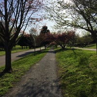 Photo taken at Cherokee Boulvard's Running Trail by Thomas T. on 4/4/2018