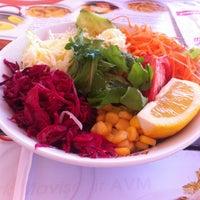 Foto diambil di Baydöner oleh C C. pada 4/12/2013