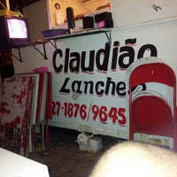 Photo taken at Lanche do Claudião by Helliel S. on 7/20/2013