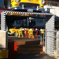 9/14/2013 tarihinde Şükrü Ö.ziyaretçi tarafından Big Yellow Taxi Benzin'de çekilen fotoğraf