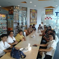 Photo taken at D'Cost Seafood by Naaman S. on 11/21/2014