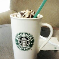 Photo taken at Starbucks by Umiera Z. on 4/18/2013