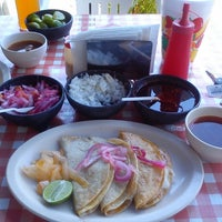 """Photo taken at Tacos de Barbacoa """"Ericka"""" by Roberto G. on 3/17/2013"""