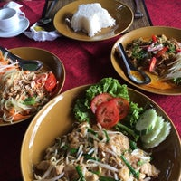 Photo taken at Khao Sok River Lodge Restaurant by Yj T. on 10/21/2014
