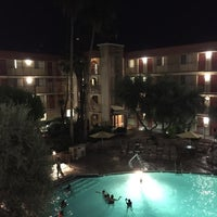 Photo taken at Embassy Suites by Hilton Phoenix Airport by Thomas K. on 5/26/2015
