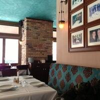 3/19/2013 tarihinde Andrej K.ziyaretçi tarafından Hasir Restaurant'de çekilen fotoğraf