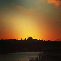 Das Foto wurde bei Eminönü Sahili von TuNiŞ am 7/20/2013 aufgenommen