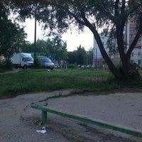 Photo taken at Двор на пл.Ленина by Екатерина Н. on 7/7/2013