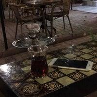 Foto tomada en Samatya Kültür Derneği Nargile Cafe Restoran por Senem Z. el 3/16/2018