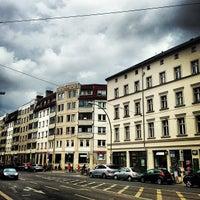 Das Foto wurde bei Rosenthaler Platz von Mario D. am 8/20/2013 aufgenommen