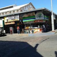 รูปภาพถ่ายที่ Mercado Pino Suarez โดย Jaime V. เมื่อ 3/3/2013