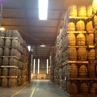 Photo taken at Old Bushmills Distillery by Maria K. on 7/5/2013