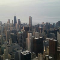 Photo taken at Original Sears Tower by Liliana S. on 5/12/2016