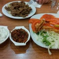 2/21/2013 tarihinde Erol K.ziyaretçi tarafından Taşhan Et & Restaurant'de çekilen fotoğraf