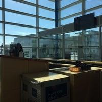 Foto tomada en Gate 14 por Robert B. el 10/21/2017