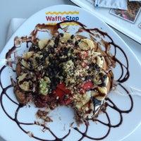 Снимок сделан в WaffleStop пользователем İskender K. 6/26/2013