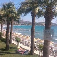 6/30/2013 tarihinde Dmitriy G.ziyaretçi tarafından Tusan Beach Resort'de çekilen fotoğraf