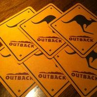 Foto tirada no(a) Outback Steakhouse por Ricardo F. em 8/4/2013
