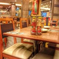 Photo taken at Pizza Hut by Kwang Kuok T. on 11/8/2013