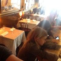 Foto scattata a Caffe e Cucina da Edward M. il 1/29/2014